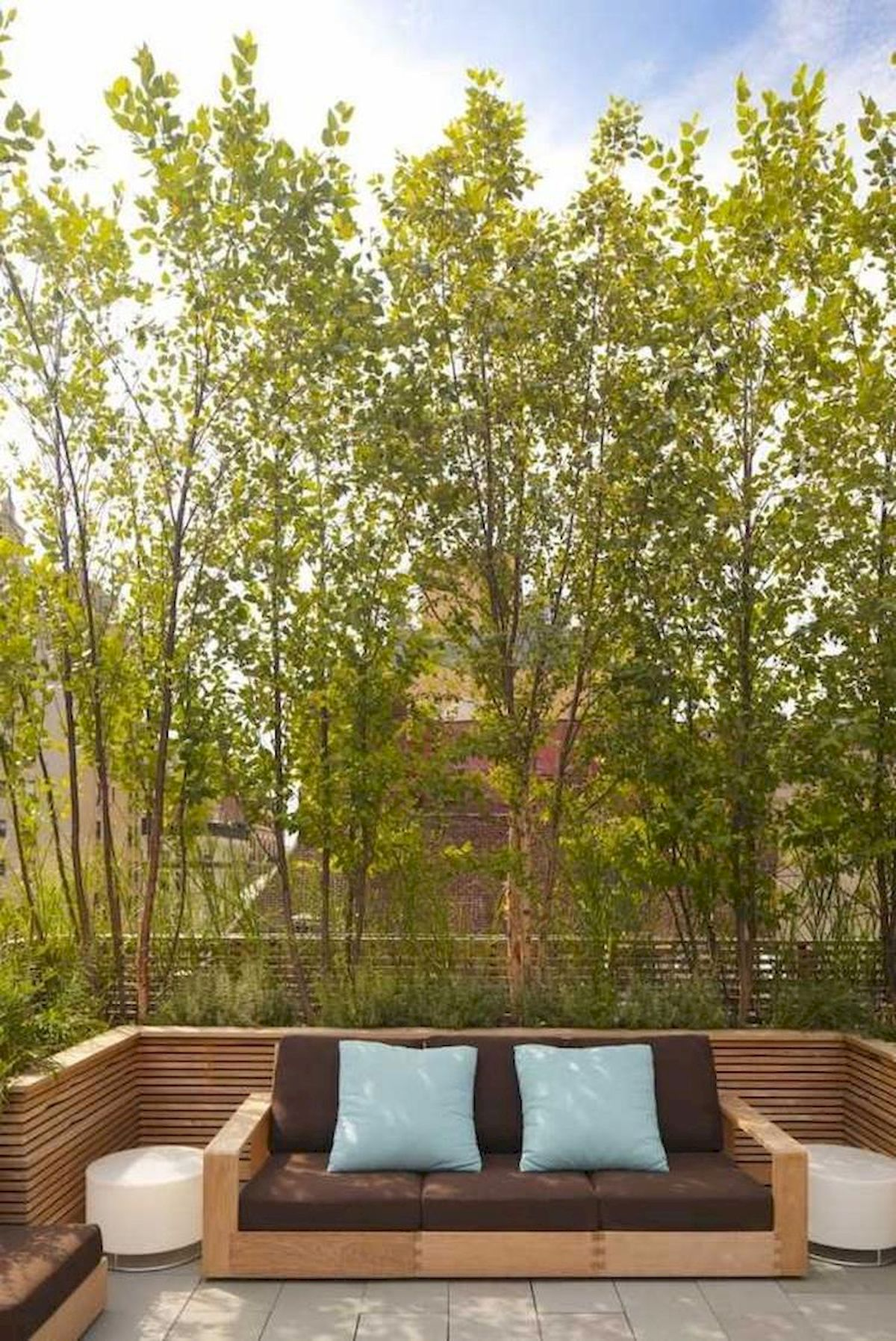 60 Awesome DIY Backyard Privacy Design And Decor Ideas (5)