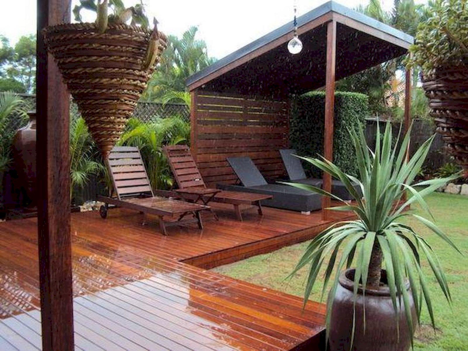 60 Awesome DIY Backyard Privacy Design And Decor Ideas (56)