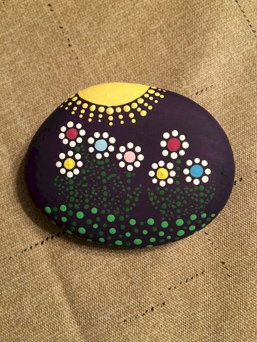 60+ Beautiful DIY Painted Rocks Flowers Ideas (2)