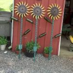 60 Creative DIY Garden Art From Junk Design Ideas (40)