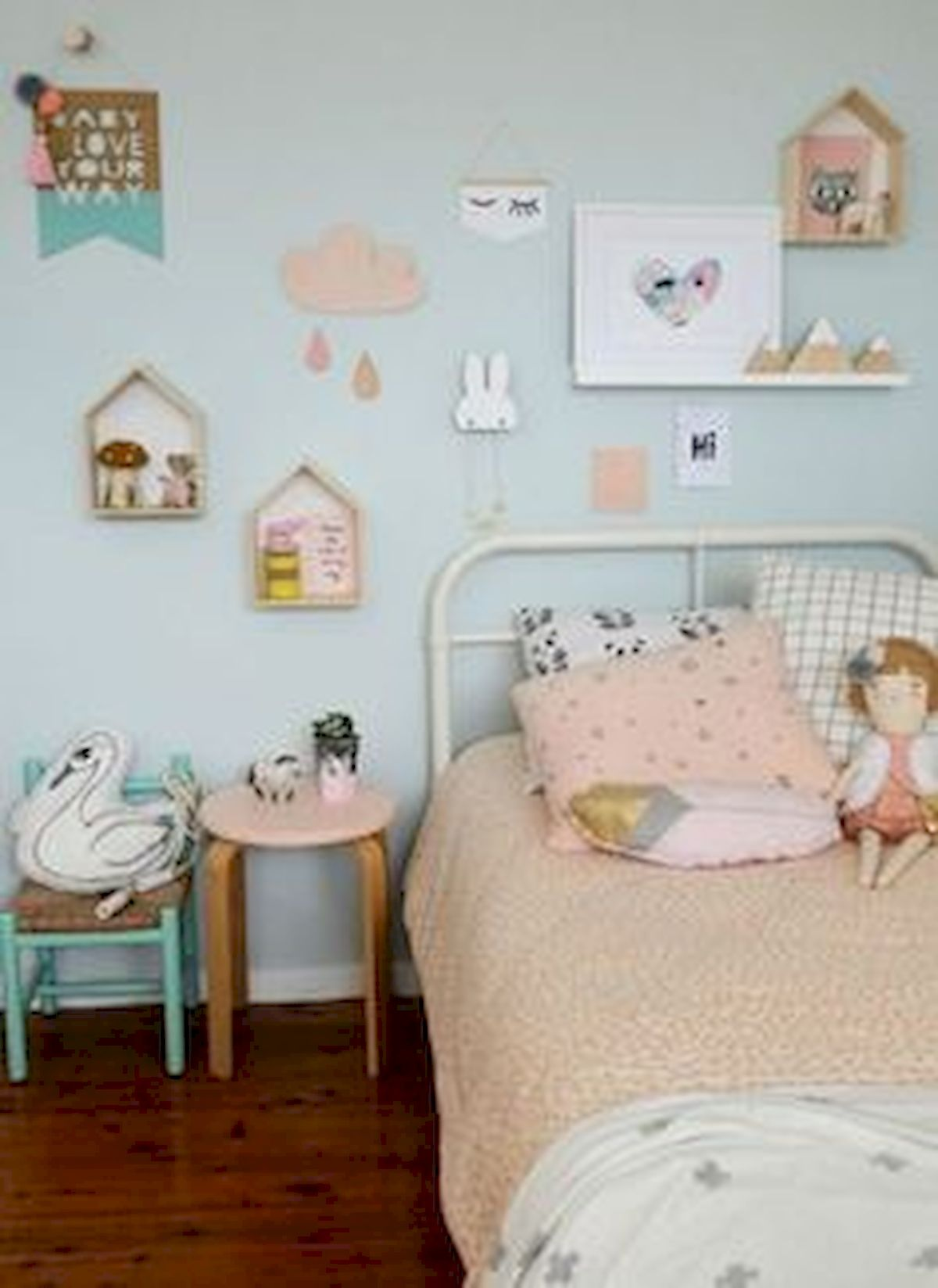 60 Cute DIY Bedroom Design And Decor Ideas For Kids (58)
