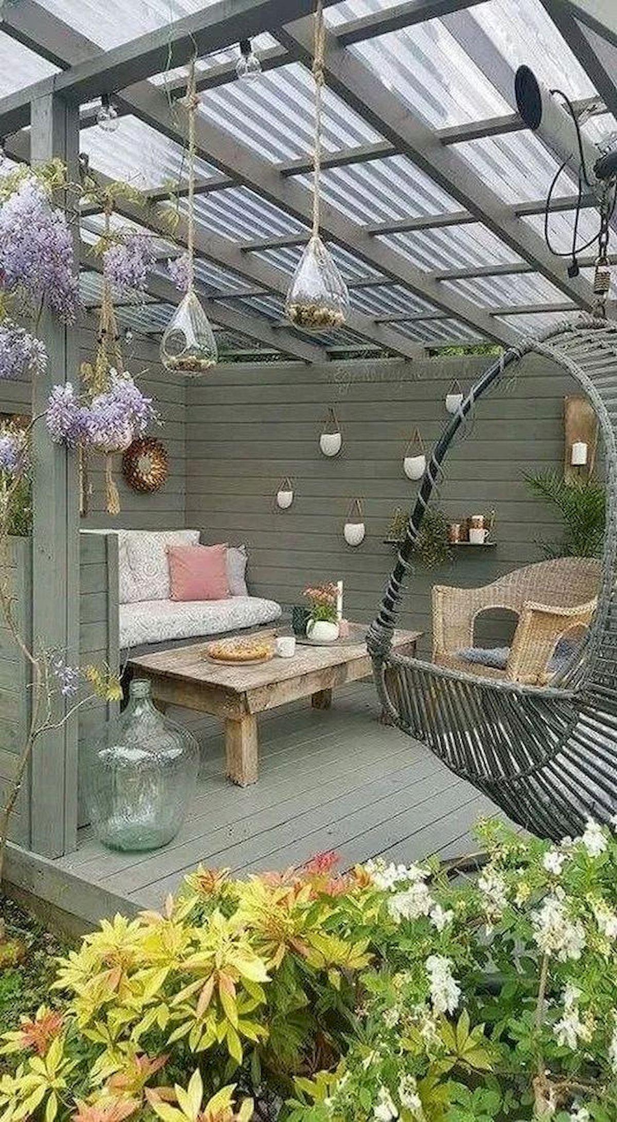 50 Awesome DIY Hanging Plants Ideas For Modern Backyard Garden (3)
