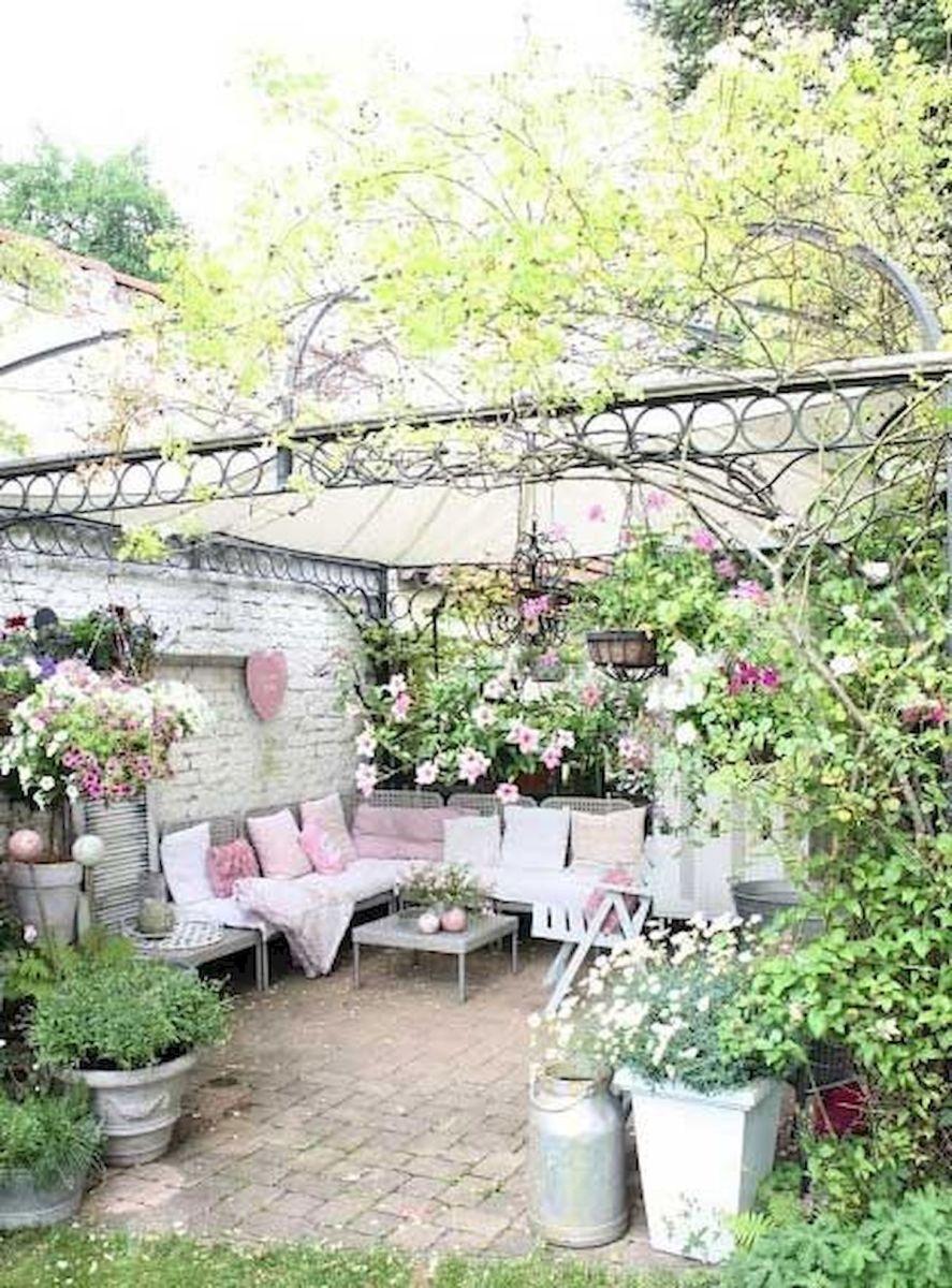 50 Awesome DIY Hanging Plants Ideas For Modern Backyard Garden (43)