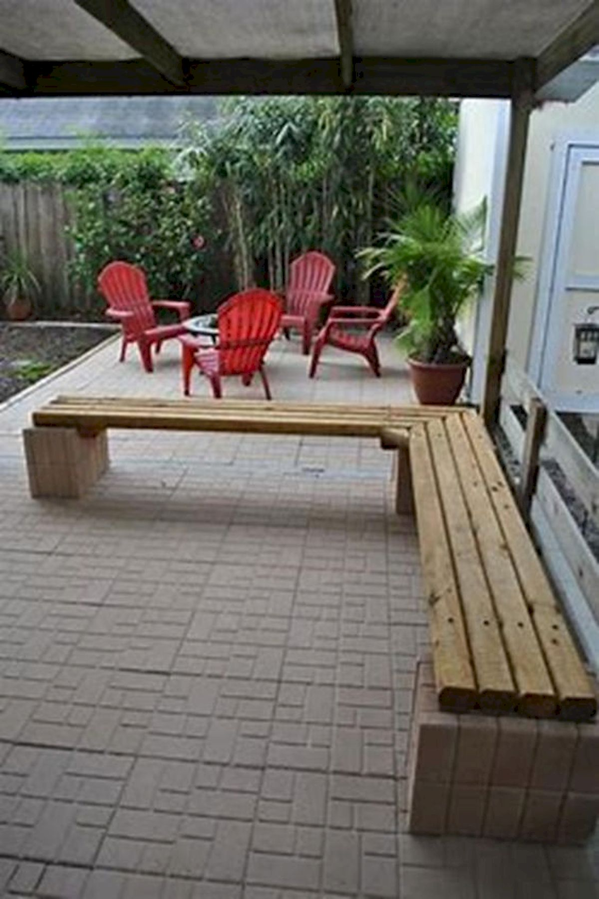 40 Awesome DIY Outdoor Bench Ideas For Backyard And Front Yard Garden (17)