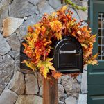 35 Beautiful DIY Fall Outdoor Decor Ideas You Will Like (19)