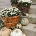 40 Fantastic DIY Fall Front Porch Decorating Ideas (9)