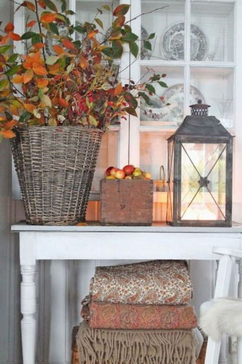 40 Gorgeous DIY Fall Decoration Ideas For Living Room (30)