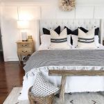 20 Awesome Boho Farmhouse Bedroom Decor Ideas and Remodel (3)
