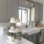 20 Beautiful Farmhouse Kitchen Backsplash Decor Ideas and Remodel (4)