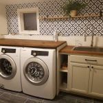 20 Beautiful Farmhouse Laundry Room Decor Ideas and Remodel (16)