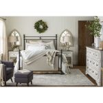 20 Best Industrial Farmhouse Bedroom Decor Ideas and Remodel (2)