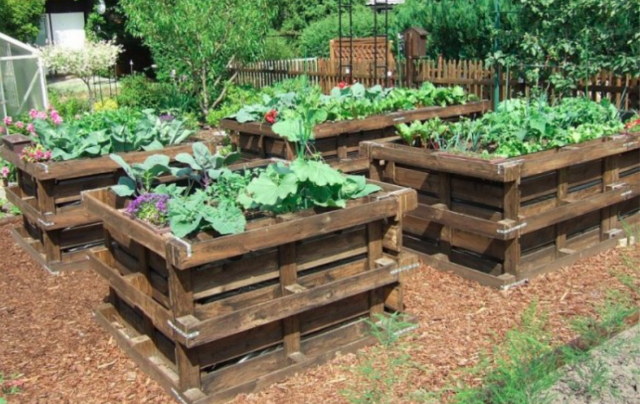Awesome wooden pallet ideas for garden