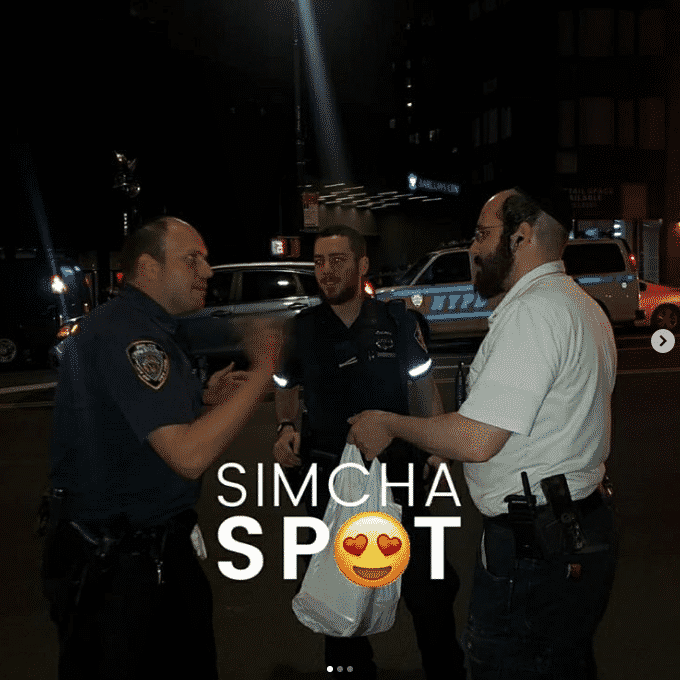 SimchaSpot Followers Take up Social Media Challenge, Thanking Police Officers for their Service 6