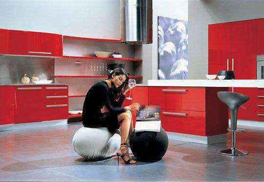image12-23 | Красные кухни в интерьере