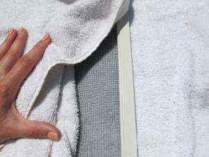 1432665344952 | Как очистить москитные сетки