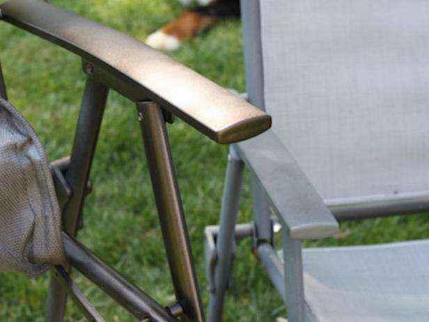 1449105660954 | 5 способов почистить и обновить уличную мебель перед наступлением лета
