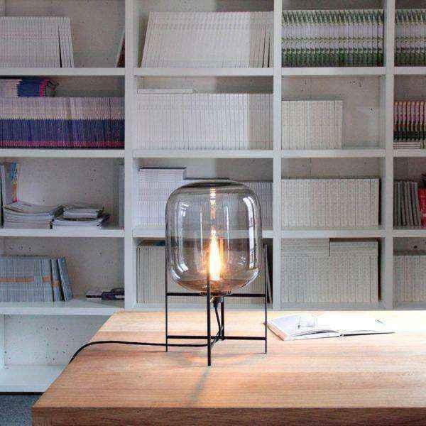 glass-metal-tripod-contemporary-designer-table-lamps-600x600 | Необычное рядом: дизайнерские настольные лампы