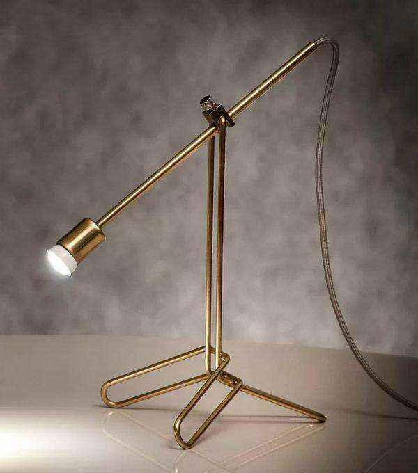 modern-designer-brass-table-lamp-600x680 | Необычное рядом: дизайнерские настольные лампы