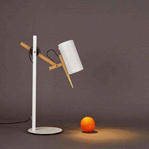 scantling-white-and-wood-replica-designer-table-lamps-600x600 | Необычное рядом: дизайнерские настольные лампы