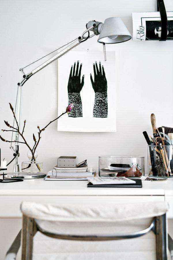 tall-designer-table-lamp-600x899 | Необычное рядом: дизайнерские настольные лампы