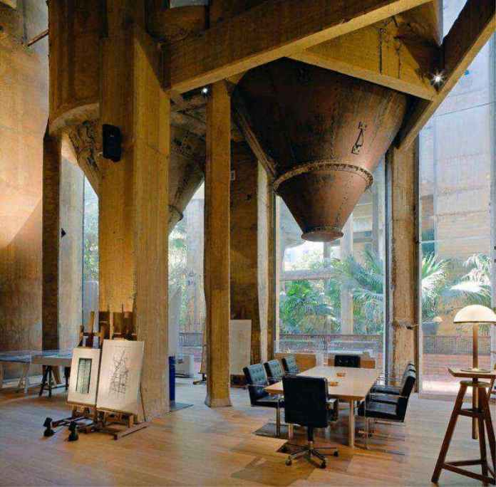 13-4 | Цементный завод превратили в удивительный дом, который вас впечатлит
