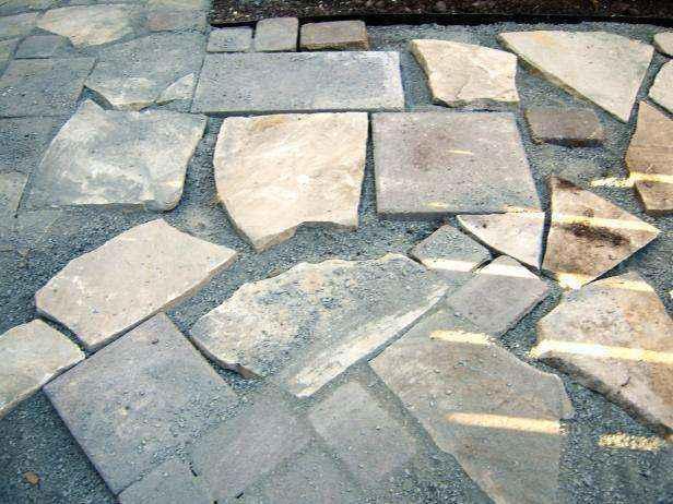 1420849229415 | Как сделать мозаичный пол во дворе из натурального камня