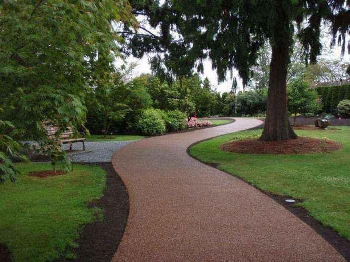 image10-13 | Какой материал выбрать для садовой дорожки
