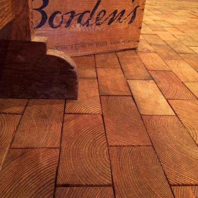 piso-madera-4 | Как сделать необычный пол из деревянных плашек с небольшим бюджетом
