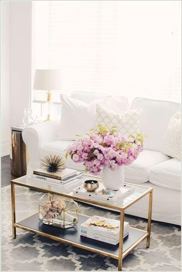 image3-76 | 10 идей как украсить гостиную белым диваном