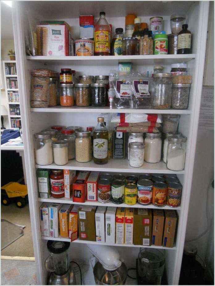 image4-49 | 10 способов переделки книжного шкафа в кухонный