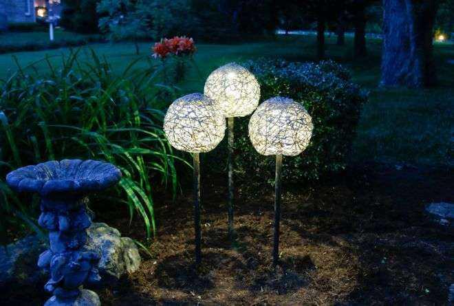image1-83   Как сделать необычные садовые фонари своими руками