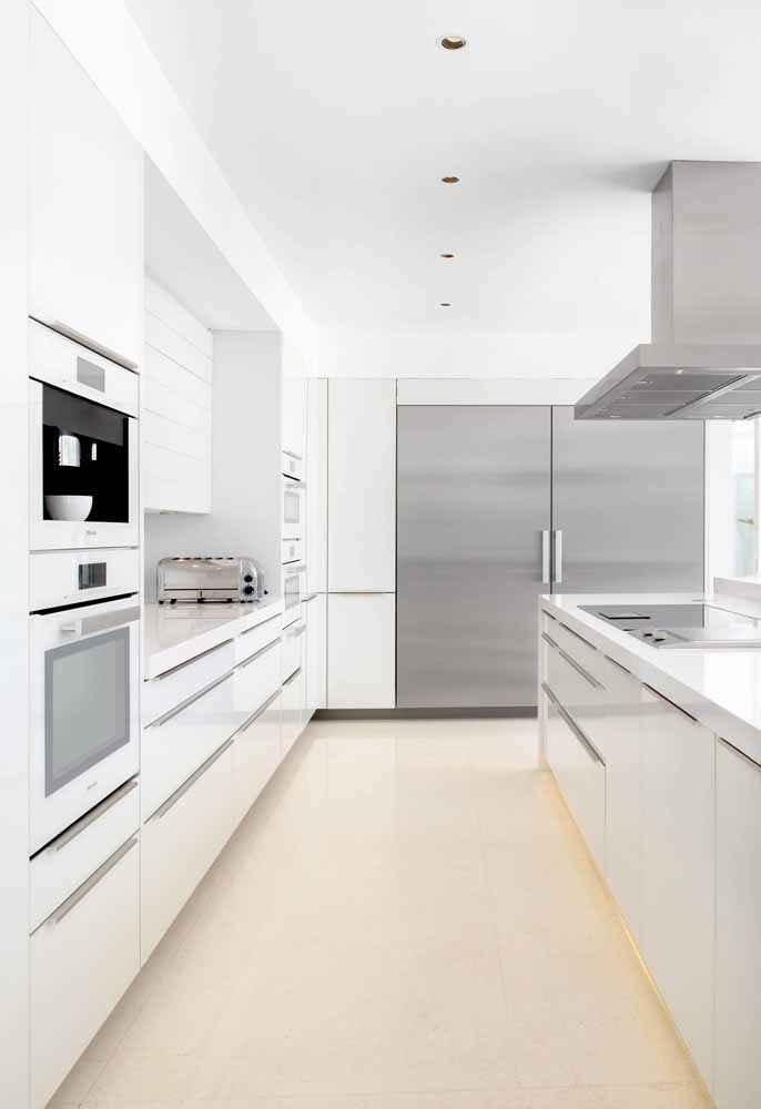 image16-19 | 25 идей белых кухонь