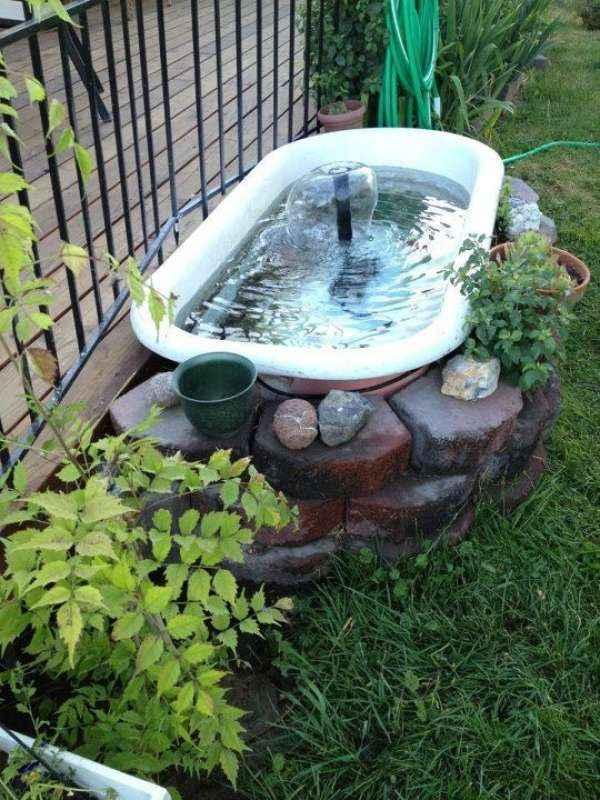 image3-35 | 10 проектов садовых прудиков из ванны своими руками