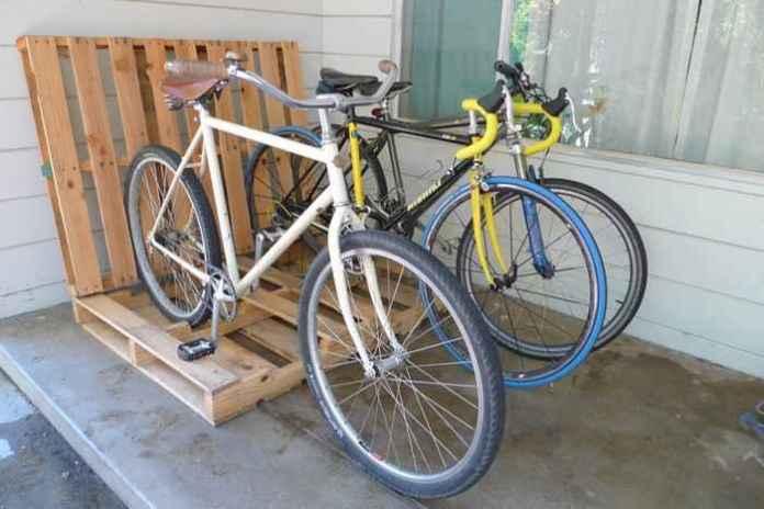 image9-26 | Как сделать стойку для велосипедов из поддонов