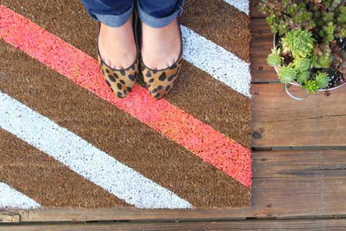 image9-72   Необычные идеи ковриков перед дверью