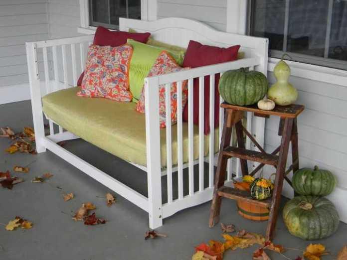 image11 | Что можно сделать из старой детской кроватки