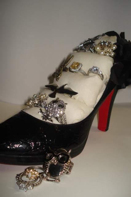 image12-26   Полезные самоделки из старой обуви