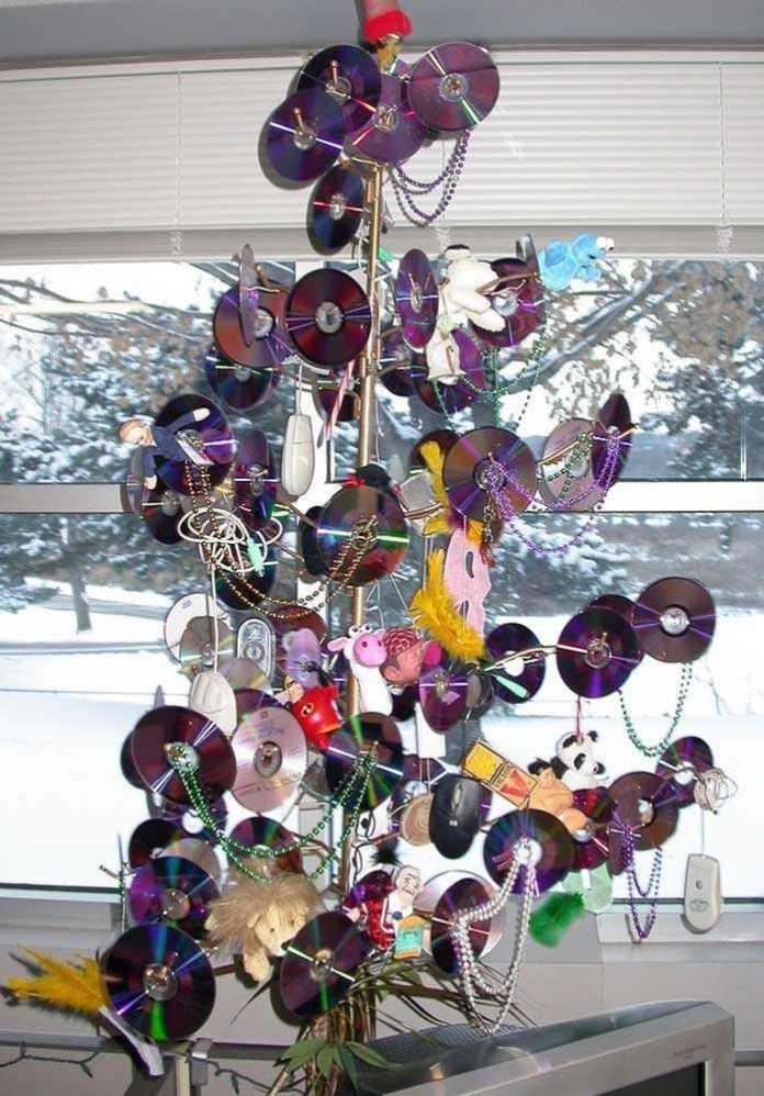 image17-6   Новогодние украшения из ненужных компакт-дисков