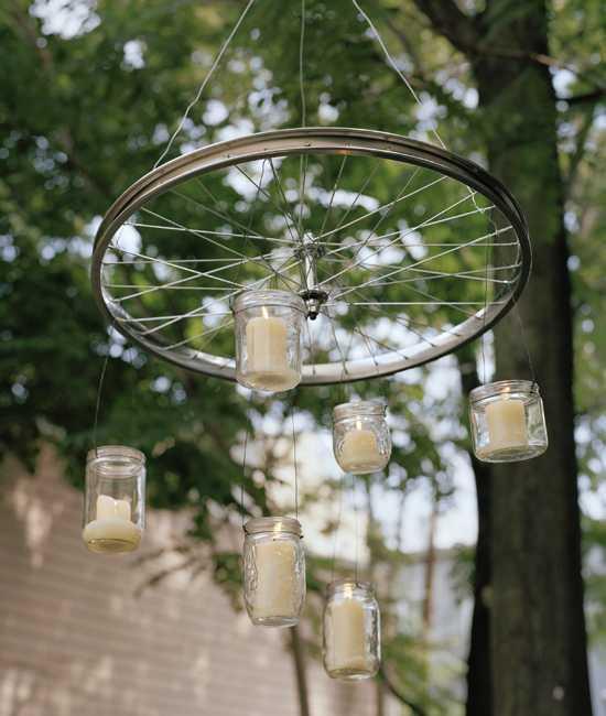 image2-1   Интересные идеи домашнего декора из старого велосипедного колеса