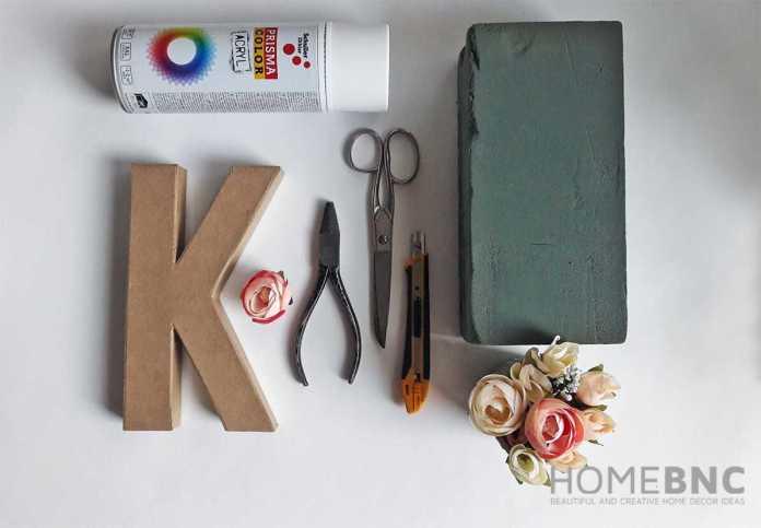 image2-12 | Как сделать своими руками букву или цифру из цветов