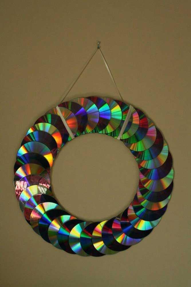 image6-28   Новогодние украшения из ненужных компакт-дисков