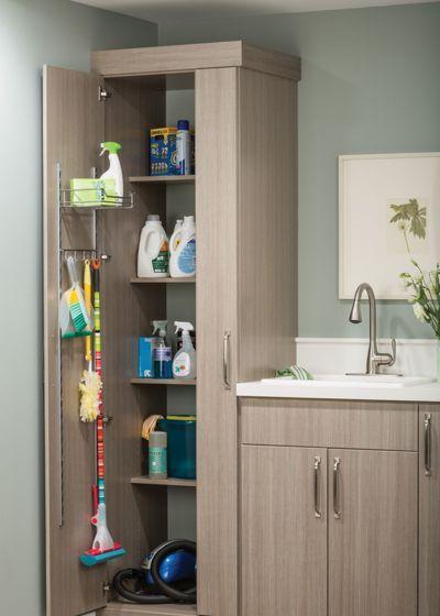image1-5 | Где хранить швабры, метлы, гладильную доску и другие нужные вещи