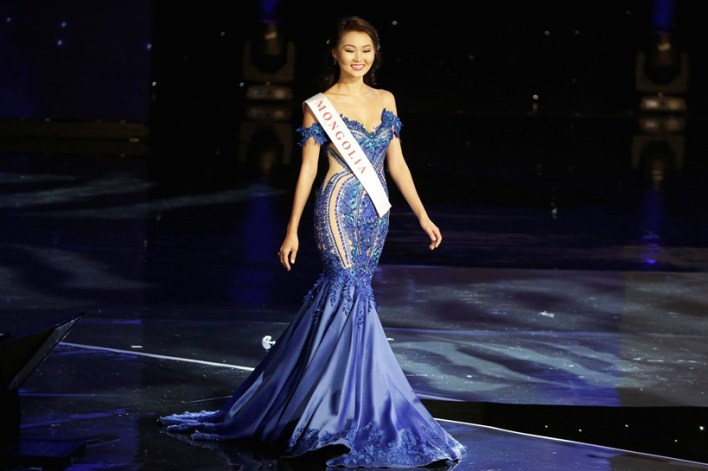 Miss Mongolia Bayartsetseg Altangerel participates in the Miss World 2016 Competition in Oxen Hill, Maryland, U.S., December 18, 2016. REUTERS/Joshua Roberts