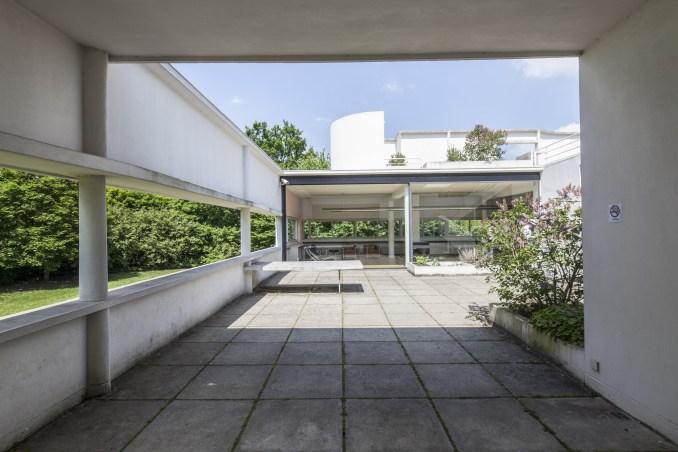 Üstü açık basit teras.  Dök Mimarlık