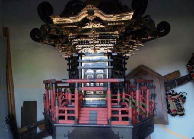 明治7年建造の御神輿