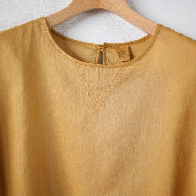 V GAZETTE BLOUSE short-sleeved #mustard