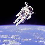 Astronauta na orbicie