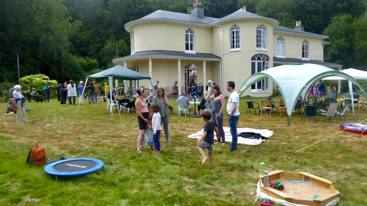 Community Picnic on the lawn