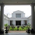 Museum Nasional Indonesia Museum Nasional Indonesia - Dolan Dolen