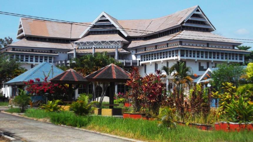 Museum Negeri Sulawesi Utara Museum Negeri Sulawesi Utara - Dolan Dolen